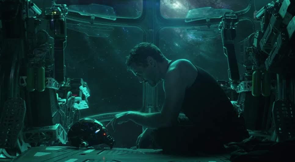 Tony Stark Funko Pop From Avengers Endgame : マーベルのヒーロー大集合映画のクライマックス「アベンジャーズ : エンドゲーム」の Funko のトニー・スタークのネタバレめいたフィギュア ! !