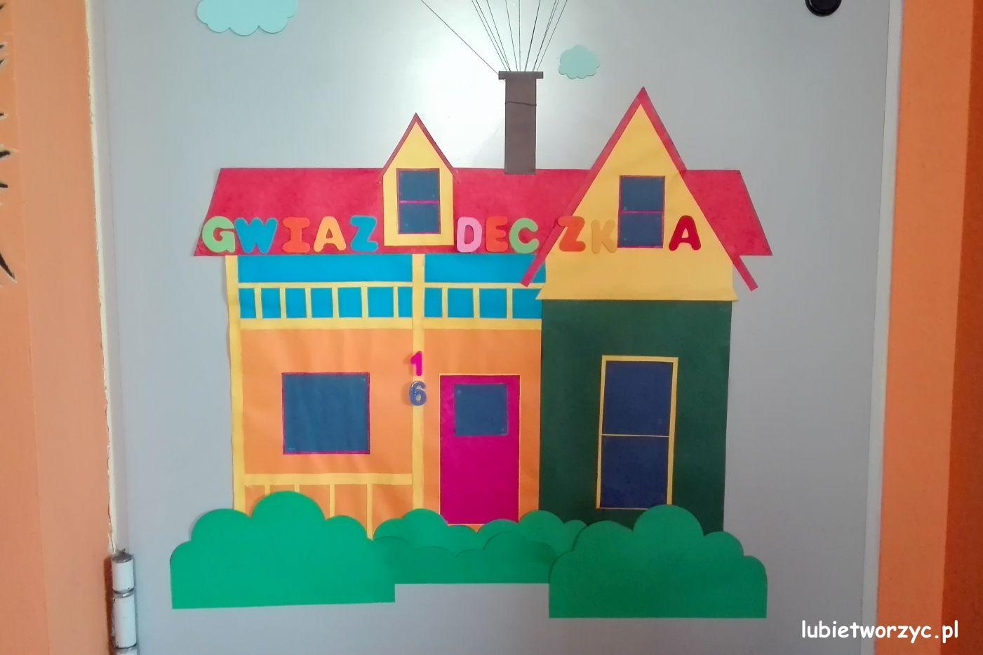 """Lubię Tworzyć: Domek z filmu """"Odlot"""" - dekoracja drzwi przedszkolnej sali dydaktycznej"""