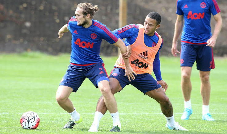 Memphis Depay To Debut Chrome Under Armour Speedform Boots In