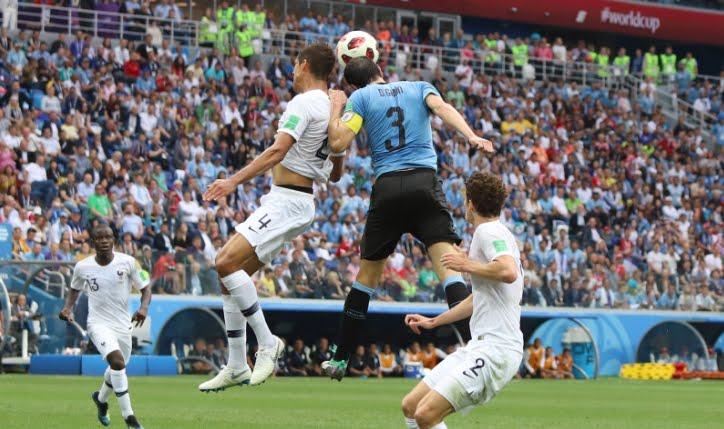 Francia prima semifinalista, Uruguay battuto da Varane e Griezmann | Mondiali Calcio Russia 2018