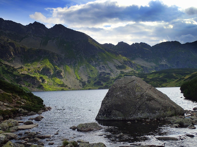 Dolina Pięciu Stawów Polskich - kamień musi być ;-)