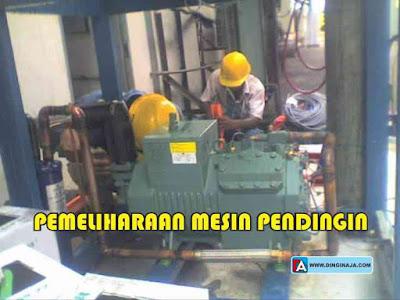 Komisioning dan Pemeliharaan Showcase Mesin Pendingin