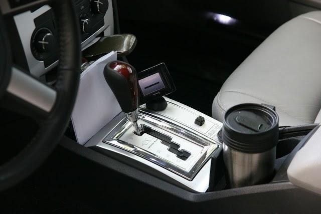 5 cosas que deberías evitar hacer cuando manejas un auto con transmisión automática