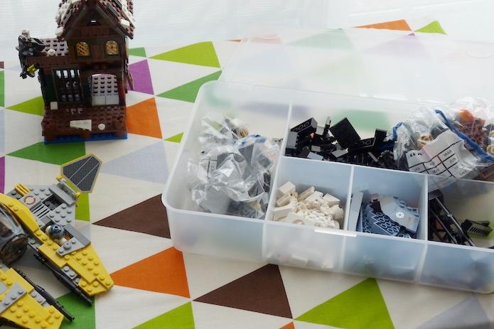 cajas multiclasificación con piezas Lego
