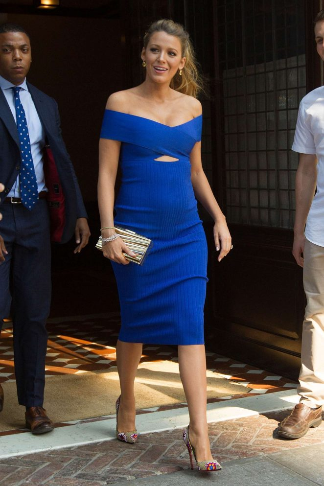 Blake Lively's Sexiest Pregnancy Outfits