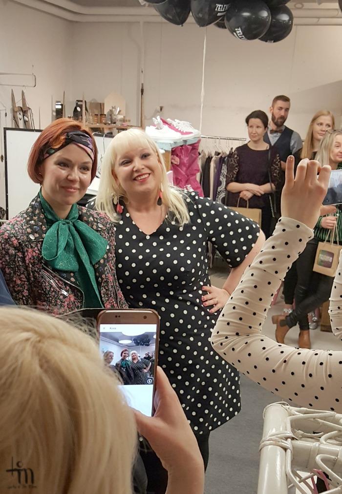 Minna Parikka ja Marjaana Lehtonen Televisio Lifestylestoren synttäreillä