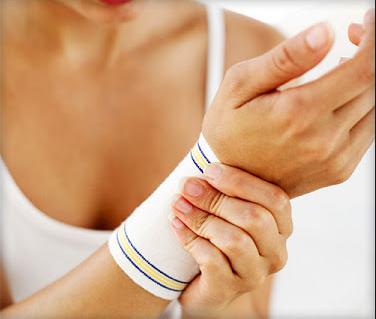 Cara Menyembuhkan Tangan Keseleo dengan Cepat
