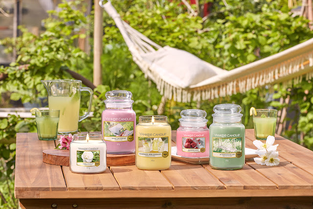 Nouvelle Collection Yankee Candle Printemps 2020 avis, camellia blossom yankee candle avis, sunny daydream yankee candle avis, homemade herb lemonade yankee candle avis, afternoon escape yankee candle avis, new yankee spring candle, blog bougie parfumée, nouveautés yankee candle, avis bougies yankee candle, garden hideaway yankee candle