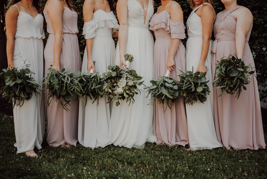 We Think Brides-To-Be Checklist Is a Good Idea for Her Bridesmaids