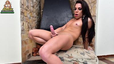 Brazilian-transsexuals – Ariane de Brito Jacks Off! Remastered