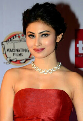 mouni roy hot pics, wallpapers for phone