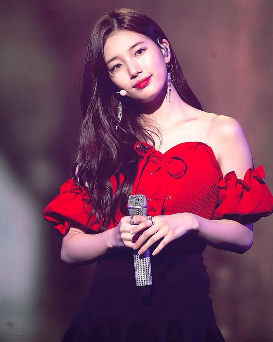 artis cantik dan aseksi Bae Suzy
