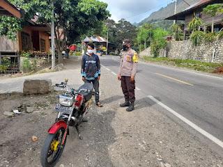 Personil Polsek Anggeraja Polres Enrekang Menggelar Operasi Yustisi