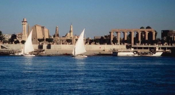 النيل من الحضارة إلى التلوث