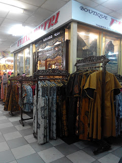 Salah satu butik di Thamrin City (dokumen pribadi)