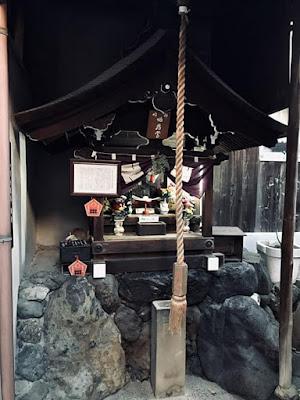 真田幸村の知恵の地蔵尊
