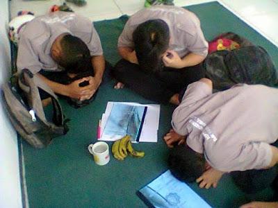 Ilustrasi Pelatihan Cara Membuat Pisang Ruqyah sebagai Media Penyembuhan