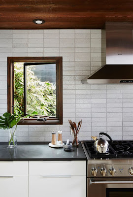 Model Backsplash Dapur Yang Unik