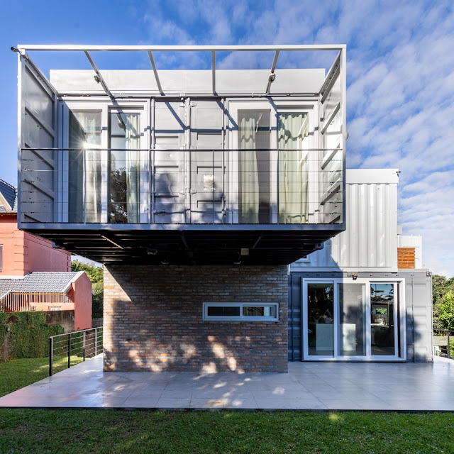 Casa Conteiner RD - 350 sqm Two Story Shipping Container Home, Brazil 29