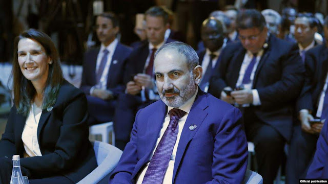 La extraña negociación de Azerbaiyán