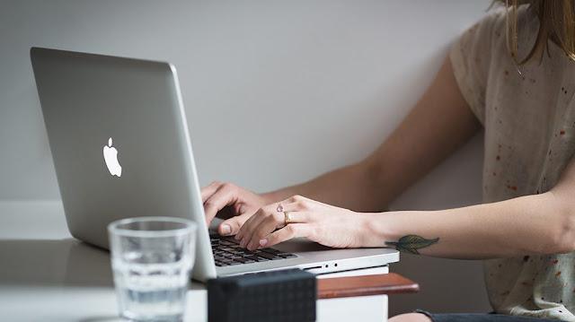الربح من الانترنت,كتابة المقالات,كتابة مقالات,كتابة المقال,كتابة مقال,كتابة,كتابة مقالات على الوردبريس,مقال,تعلم الورد,التسويق الالكتروني,مقالات,كيف اكتب مقال,ووردبريس,بلوجر,ادسنس,الكلمات المفتاحية,متوافقة مع السيو,السيو,تصدر نتائج البحث