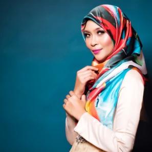 Download Lagu Siti Nordiana - Mengusung Rindu Mp3