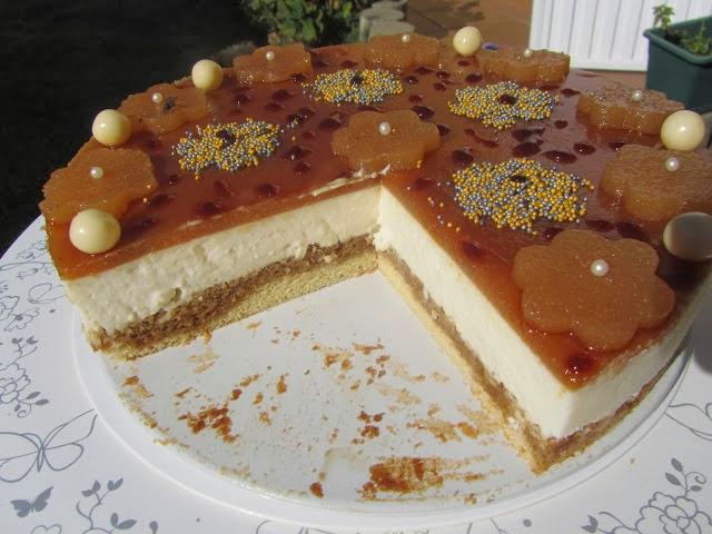 Tarta mousse de queso, membrillo y caramelo Ana Sevilla