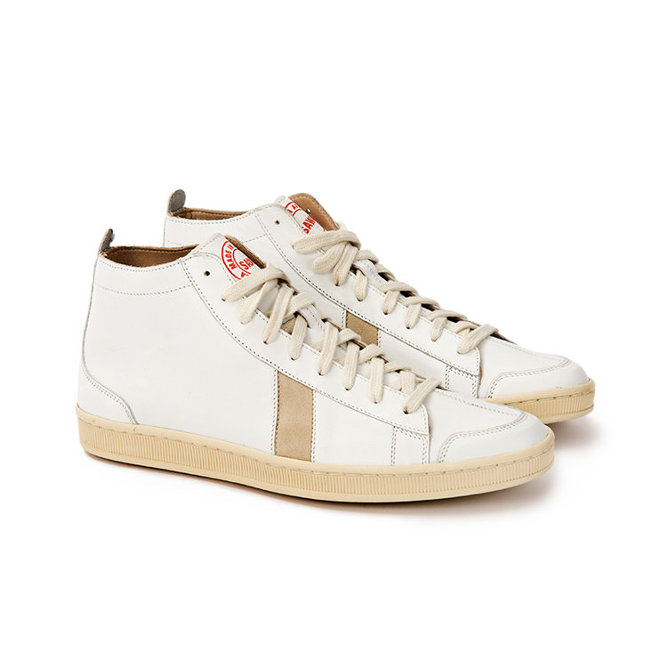 the panache of the pale sawa shoes tsagu 233 sneakers