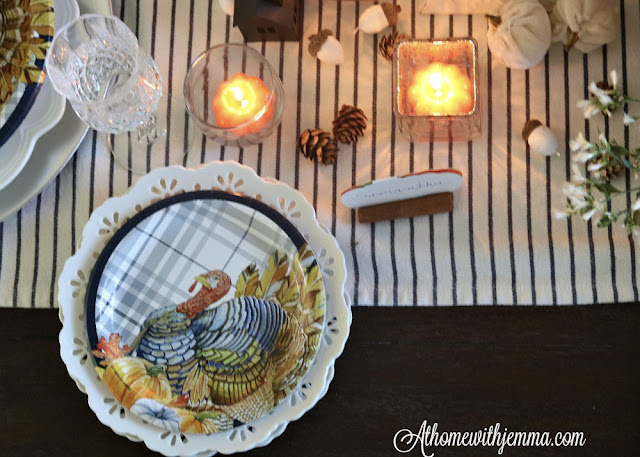 Thanksgiving, homemaking, holiday, tablescape, blue, white
