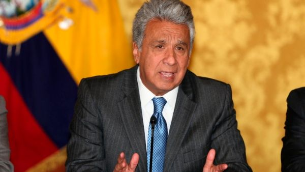 Gobierno de Ecuador contrata empresa para mejorar imagen de presidente Moreno