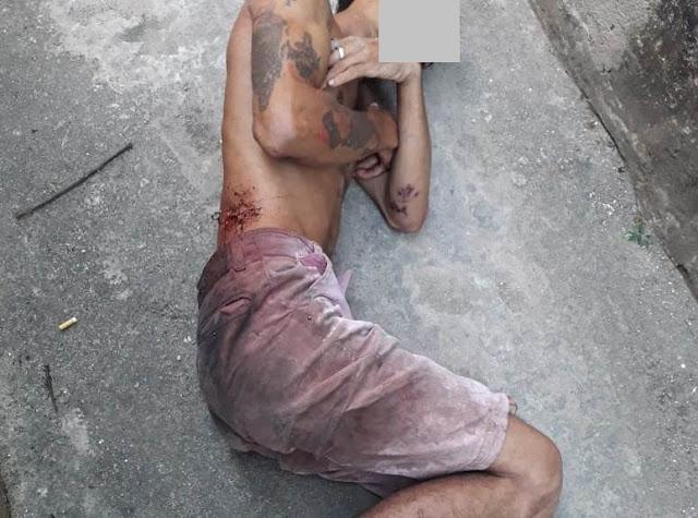 Homem é esfaqueado em Praça pública no centro de Água Preta