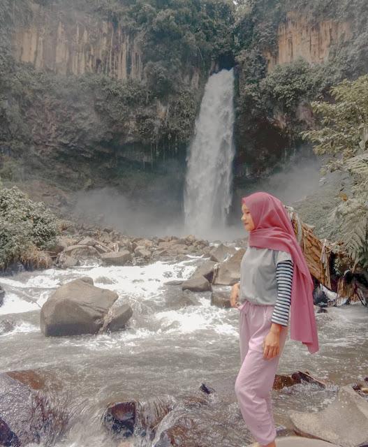 kepala curup waterfall bengkulu indonesia