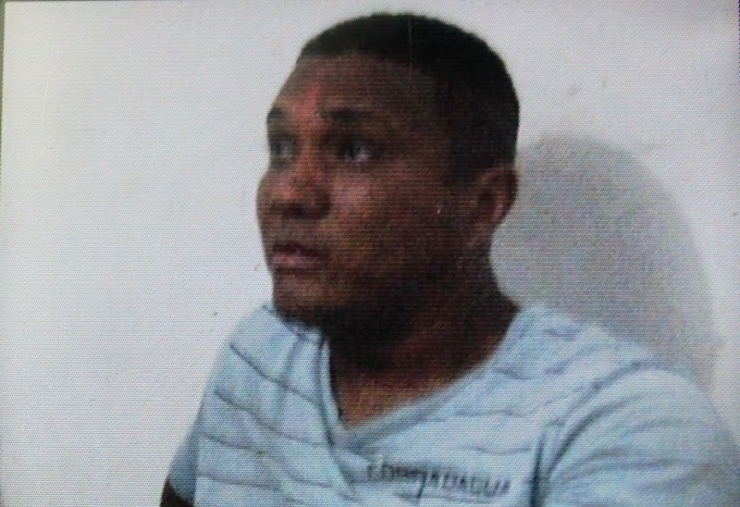 Homem suspeito de tráfico de drogas é assassinado a tiros no meio da rua, em Serrinha