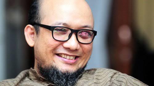 Penyidik senior KPK, Novel Baswedan, mengaku tidak pernah menyesal kehilangan penglihatan mata kirinya karena siraman air keras. Novel mengajak publik untuk tidak takut memberantas korupsi