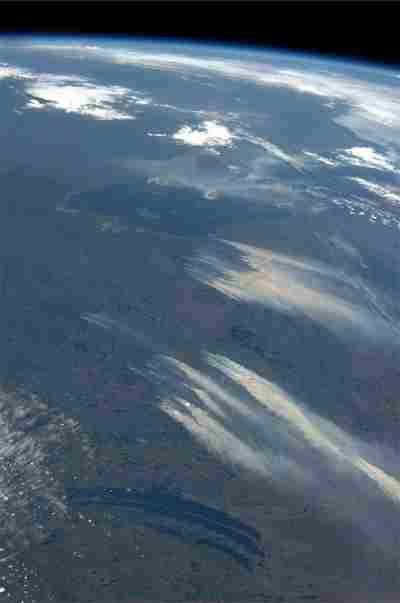 Los incendios forestales en Alberta, Canadá, vistos desde el espacio