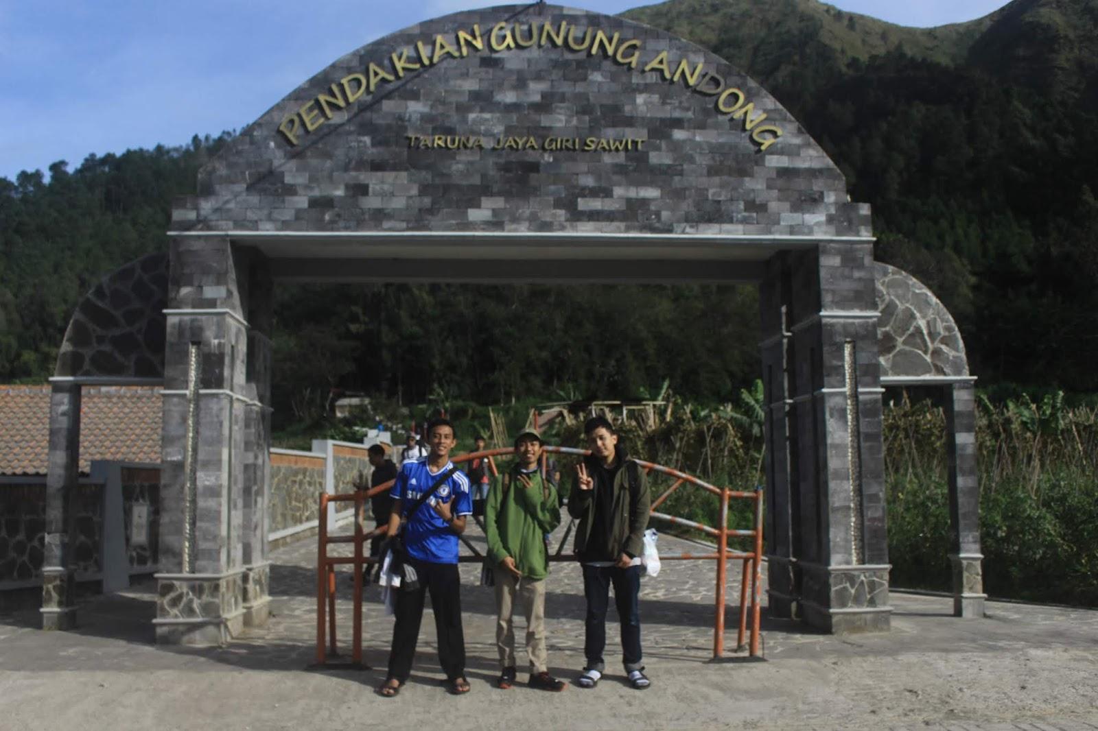 gerbang pendakian andong