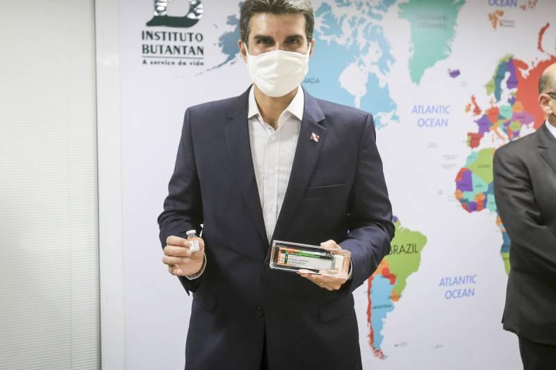 Vacinação no Pará contra covid-19 pode iniciar neste mês, afirma governador