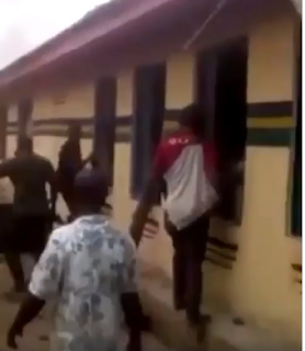 (Video) Moment Ohafia youths released prisoners before setting DPO's residence and police station On Fire over killing of young man.