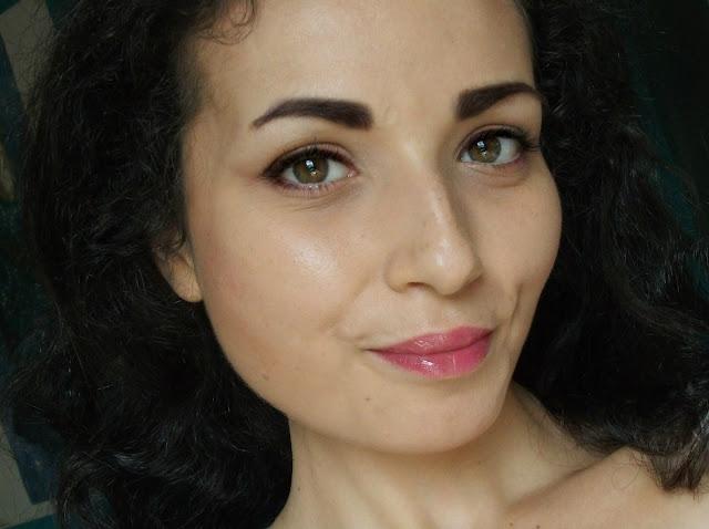 JML, True Lips, Colour Changing Lipstick - review by Valentina Chirico