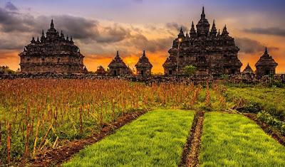 4 Candi Dengan Pesona Pemandangan Paling Cantik di Jogja