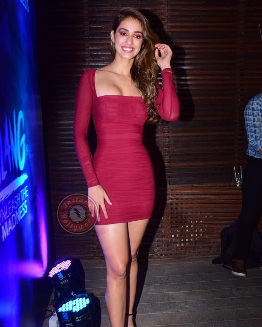 Disha-Patani-Bodycon-dress-for-Malang-success-bash-last-night