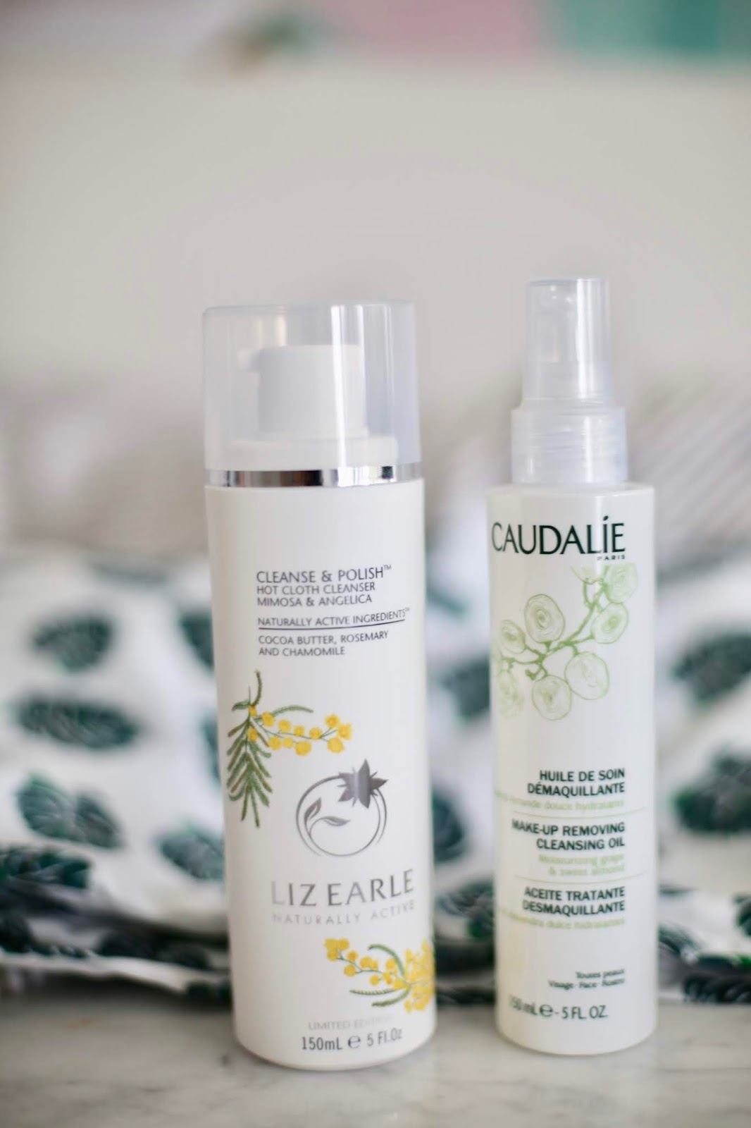 Liz Earle Cleanse + Polish Hot Cloth Cleanser, Mimosa + Angelica
