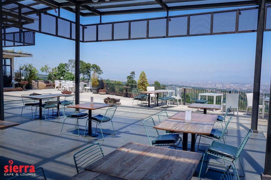 sierra cafe and lounge bandung