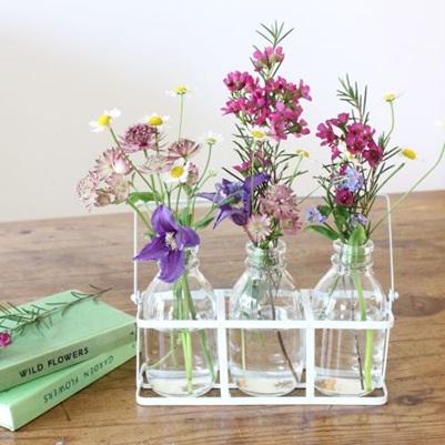 Bekas botol susu jad vas bunga mini nan cantik