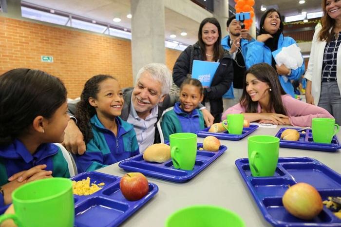 19 integraci n social for Comedores escolares bogota