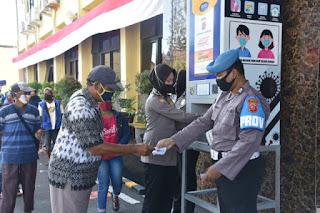 Jumat Berkah, Polresta Cirebon Kembali Salurkan Bantua Kepada Warga Melalui ATM Beras