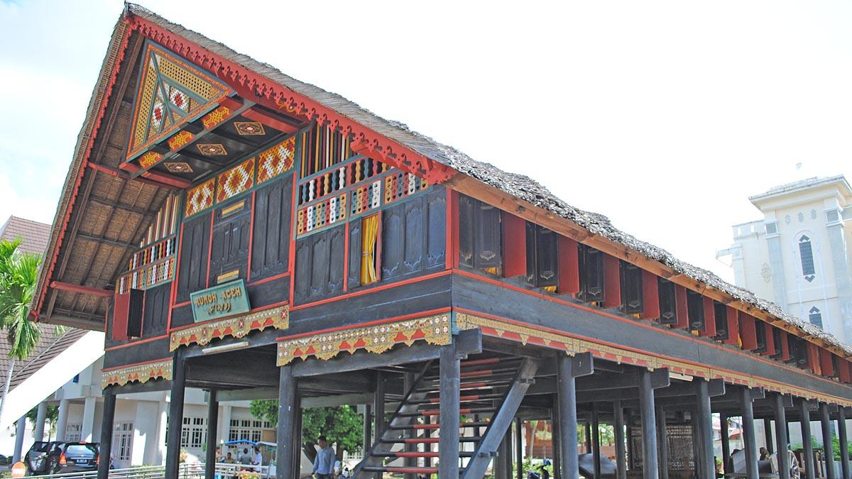 Bangunan Museum Aceh. sumber: vhourkhanrasheed.blogspot.co.id
