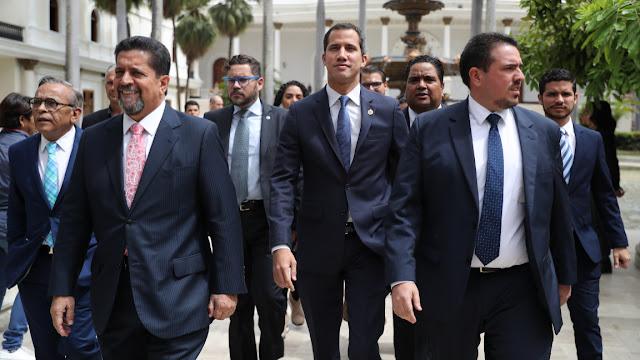 Vamos a un Consejo de Estado y elecciones presidenciales», el reto de Guaidó al régimen