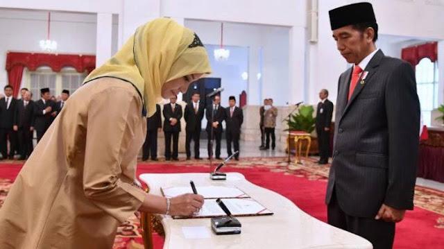 Presiden Jokowi Berhentikan Anggota Komisioner KPU Secara Tidak Hormat