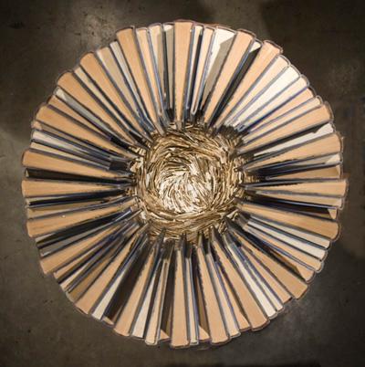 wb 1 - 10 Imagens da fantástica arte com livros de Jonathan Whitfill